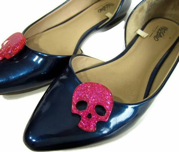 Pink Skull Shoe Clips, Pink Glitter Skulls, Sugar Skull Shoe Buttons, Rockabilly Shoe Clips, Gothic Shoe Clips, Punk Shoe Accessory by ShoesNChampagne on Etsy