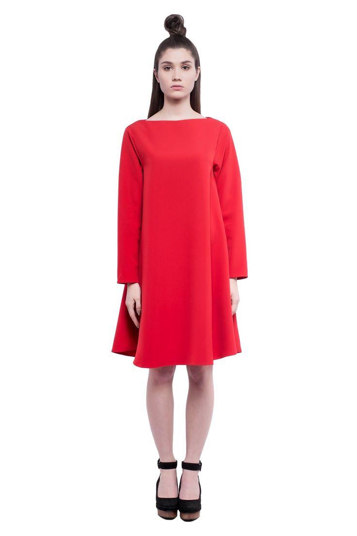Красное платье Michael Kotin Tricot   . 6500 ₽ , доступно для покупки на сайте michaelkotin.com #яркое_платье #красное_платье #Michael_kotin_tricot #michaelkotin #michael_kotin #russiandesigner #服穿的sheji