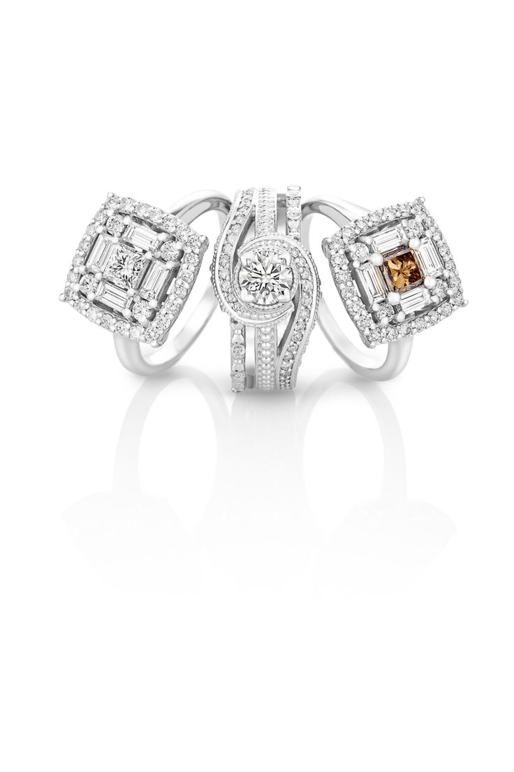 White and Cognac Diamonds reminds us of earthy beauty and natural pefection