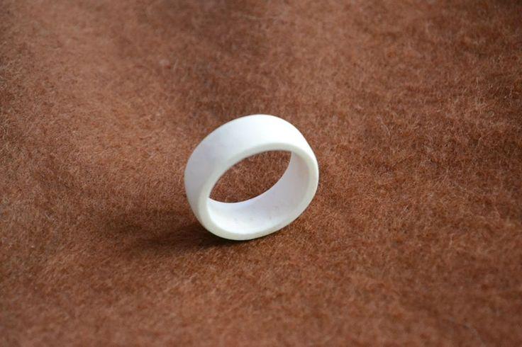 Legbone ring.