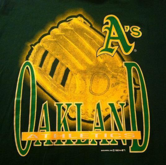 Vintage 1992 Oakland Athletics baseball t-shirt