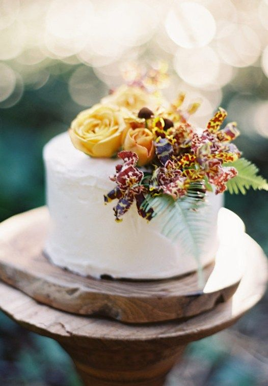 soft iced cake with florals - Repinned by Toblers Flowers #KansasCityFlorist #KansasCityWedding