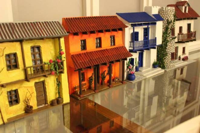 Retablos, Taller Lu Avellana Las primeras casas.