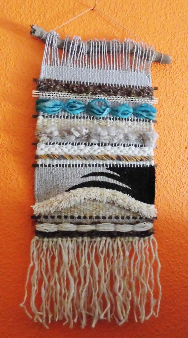 tapiz de pequeño formato: 30 x 70 cm realizado con lanas naturales por Mónica de Rivas - 2014