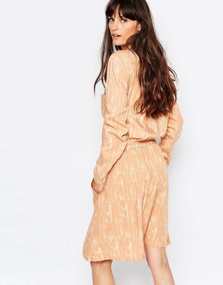 Изображение 2 из Платье-рубашка персикового цвета с принтом Just Female Lumina