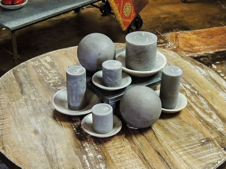 Grey candles & plates. #clean #grey #candles #plates #closeup #tables #arrangement #tablescapes #tablescape #homedecor #decor #dining #decorationideas #luxury #life #living #aromatherapy #candlesfordays #candlestore #accessories #furniturestore #furniture #Phoenix #Tempe #Scottsdale #Arizona #AZ #art #gifts #shopping