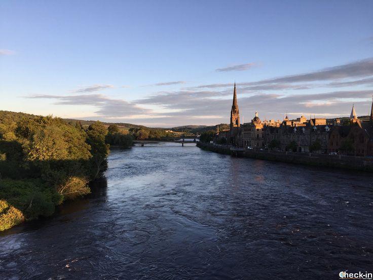 Scorcio di Perth dall'Old Bridge, #scozia