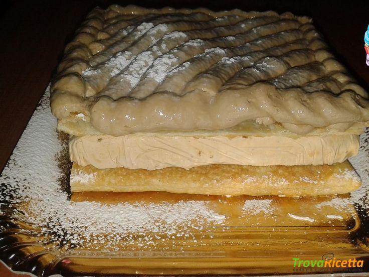 Millefoglie con mousse al caffè  #ricette #food #recipes