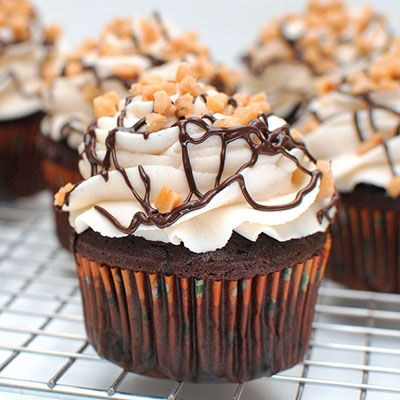 Toffee Mocha Cupcakes – chocolate mocha cupcakes topped with a Toffee Butter Cream and toffee pieces.
