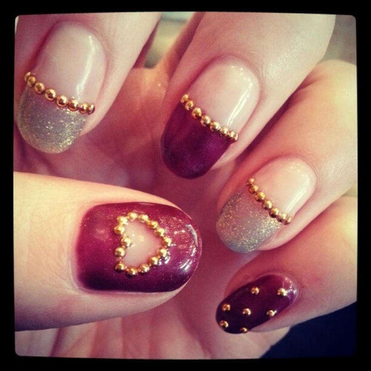 Such a cute idea!  Makes me really want to try this nail caviar trend!