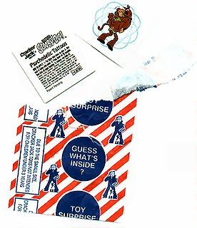 Every box of Cracker Jacks had a surprise inside. Just one more thing to love about Cracker Jacks!