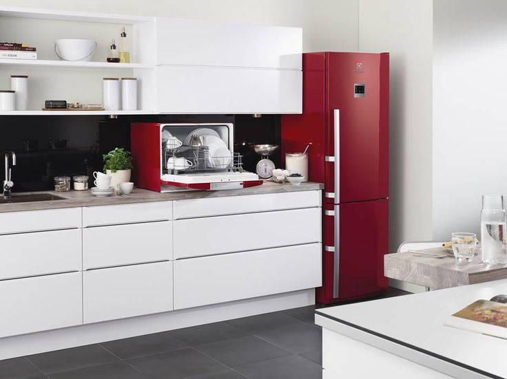 Our compact dishwasher helps you make the most of even the smallest kitchen… so you can concentrate on cooking up those delcious #recipe ideas! #interiordesign