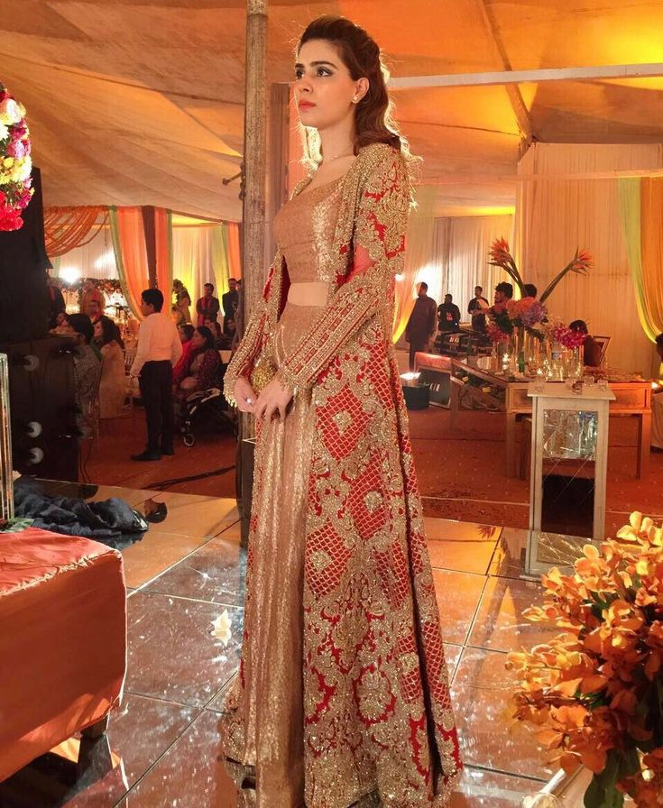 "7,796 Likes, 5 Comments - FARAZ MANAN (@farazmanan) on Instagram: ""Noor Monnoo shines in a @farazmanan signature couture outfit #FarazManan #hautecouture #bridal #red…"""