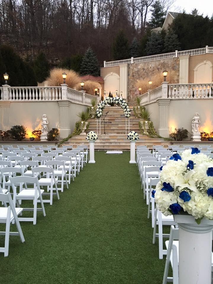 Beautiful Outdoor Wedding Ceremony Gorgeous Fl Alter Planning An Diy Villa Barone Hilltop Manor