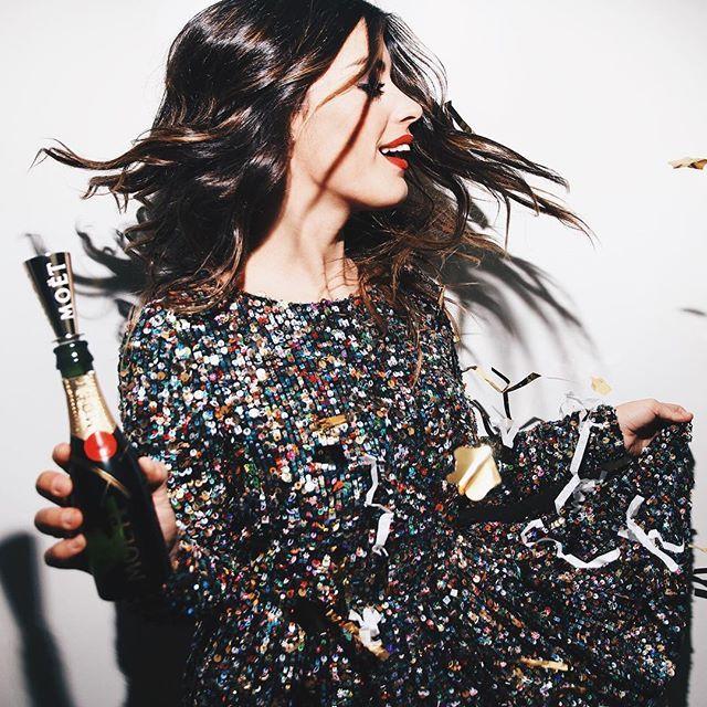 Party means moet #moetchandon #moetmoment @moetchandon (Dress: Madame de Rosa x @tetebyodette )