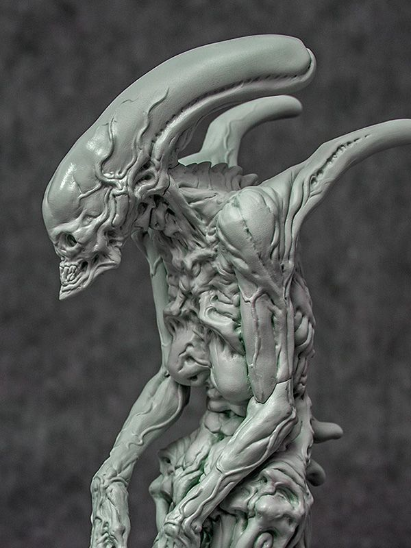 [GARAGE KIT] Alien Matriarch por Dominic Qwek