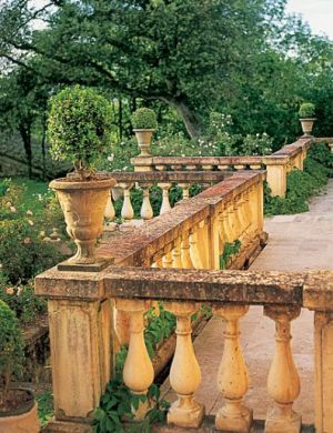 Photos - beautiful country houses - old house garden - terrace.jpg