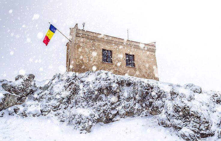 Heavy snowfall in Transylvania