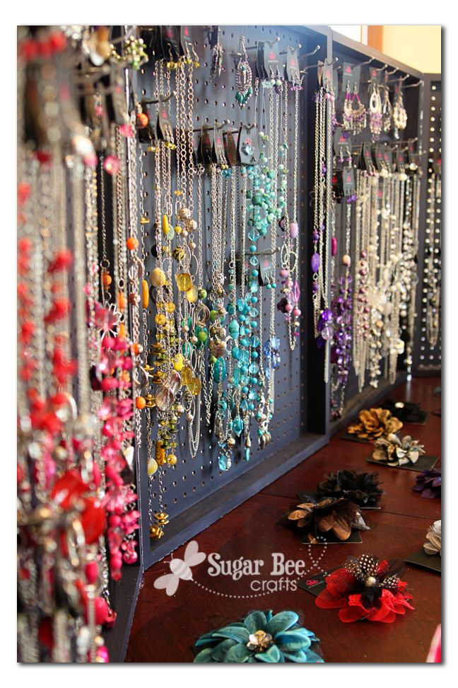 780 best jewelry display ideas images on pinterest display window 780 best jewelry display ideas images on pinterest display window craft booth displays and jewelry displays solutioingenieria Image collections