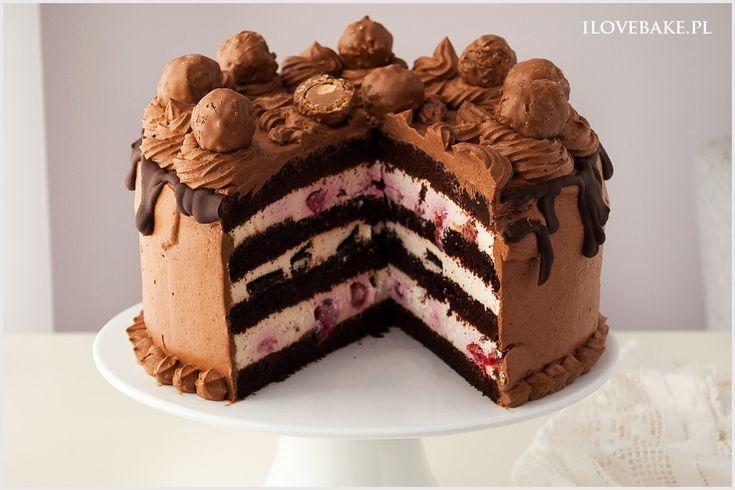 Tort śmietanowy z owocami i czekoladą - I Love Bake