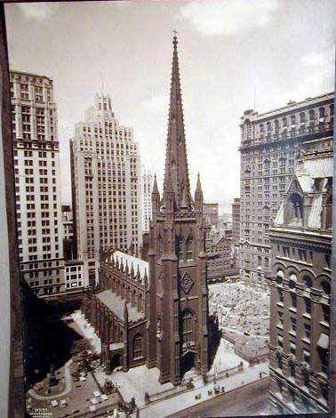 Architecture - Chapter 6 - Gothic Revival - Trinity Church 1841 - 1846, New York City, New York; Richard Upjohn