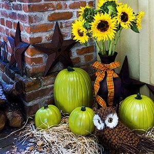 love the COLOR!!!Green Pumpkins Lov, Painting Pumpkin, Green Things, Front Doors Colors, Fall Decor, Front Doors Decor, Green Pumpkin Lov, Limes Green, Green Pumpkinslov