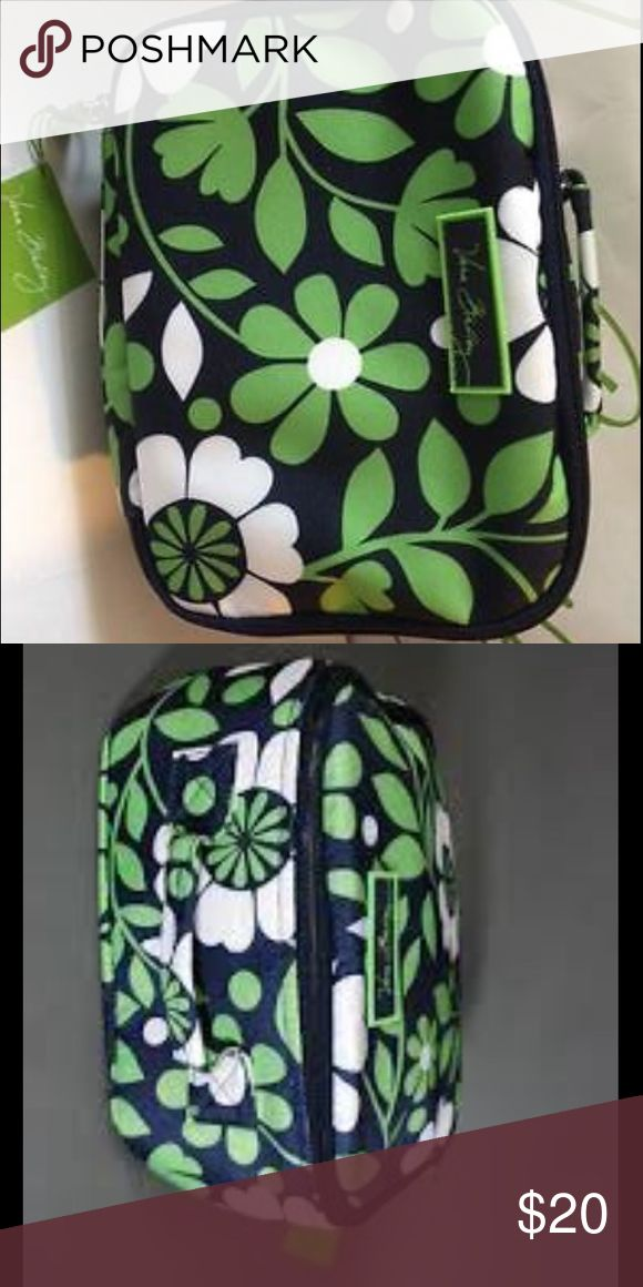 Ver Bradley Lucky You Lunch Bag Very cute Vera Bradley lunch bag. Only used a few times! Vera Bradley Bags