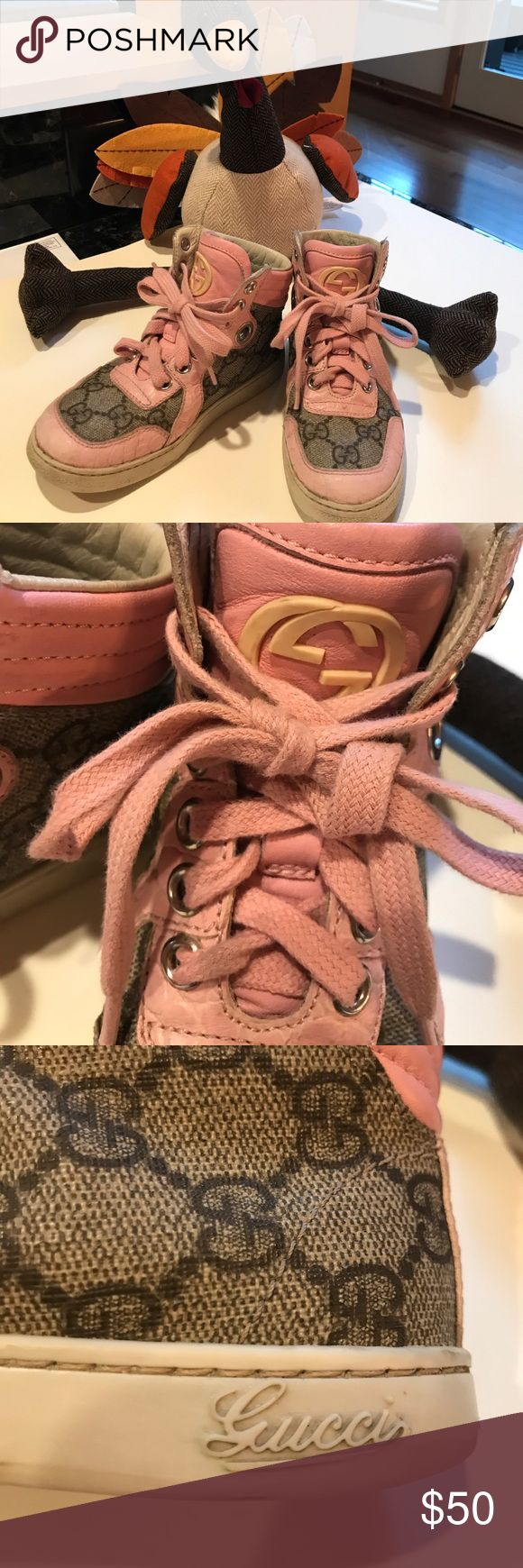 Kids Gucci tennis shoes size 27 (8) USA Used in good condition! Size 26 (8) USA Gucci Shoes Sneakers