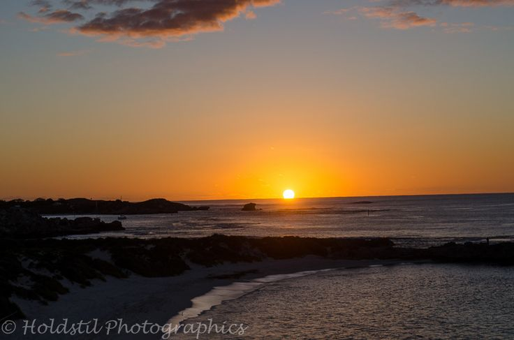 Nikon D5100 Auto mode no flash. 1/640sec exposure f/15 ISO 100 (Auto) Lens 18-55mm Sunset at Rottnest Island