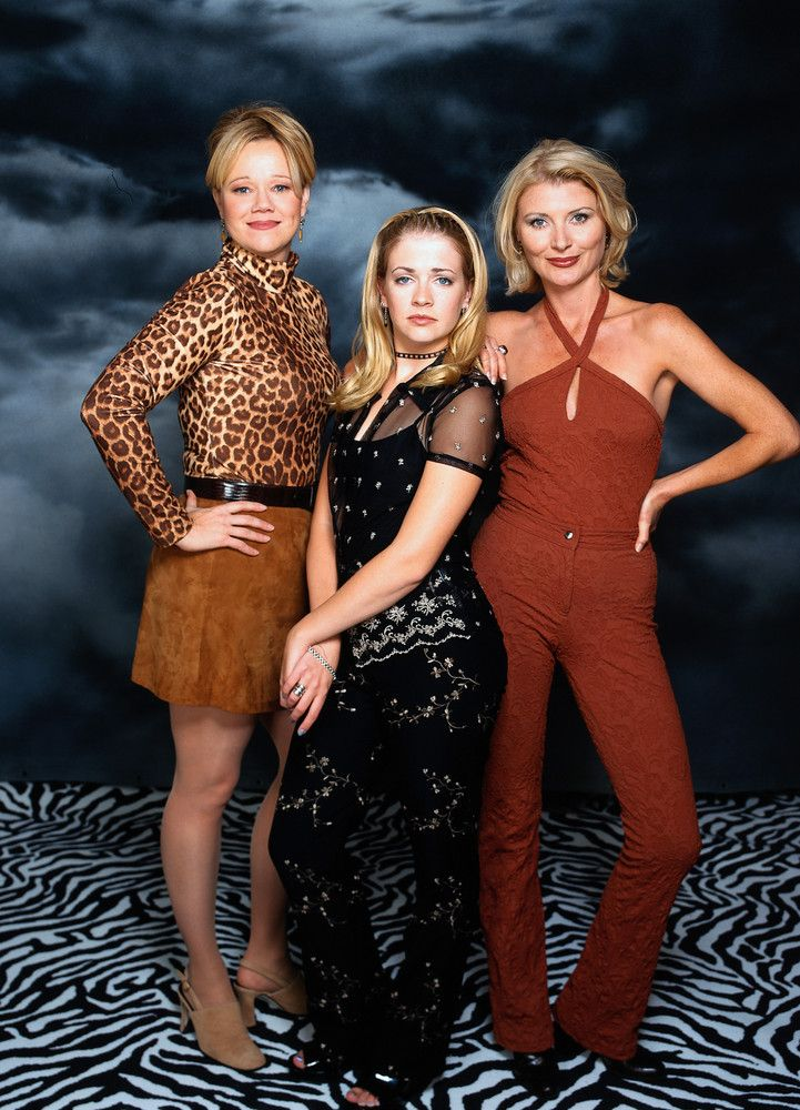 "21 TV Shows That Make You Believe In The Power Of Family: When you're a teenage witch, the only people who can really understand you are your cool aunts and your cat named Salem. ""Sabrina, the Teenage Witch"" showed us that family doesn't have to be mom + dad + kids. Sometimes your extended family knows just how to take care of you ... and your magic powers."