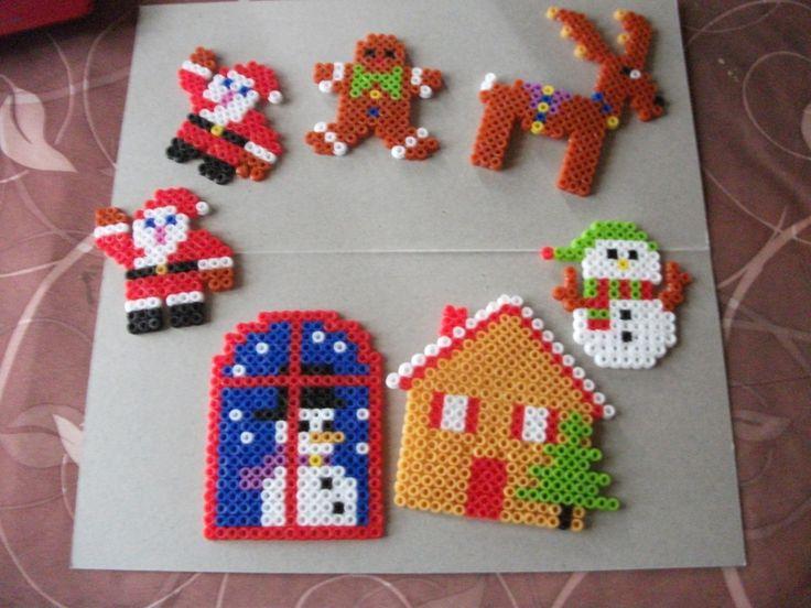 Christmas hama perler beads by cheznounoucarine