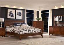 Mardella Door Dresser from the Mardella collection by Broyhill Furniture