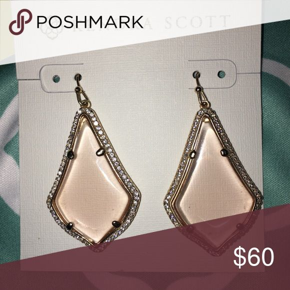 Kendra Scott Lux Pave Rose Peach Alex Earrings Kendra Scott Lux Pave Rose Gold Peach Alex Earrings. Bought new for $85 at Dallas location. Worn once for my wedding. Comes with dust bag, card, and care card. Please no low-balls and use offer button. Kendra Scott Jewelry Earrings