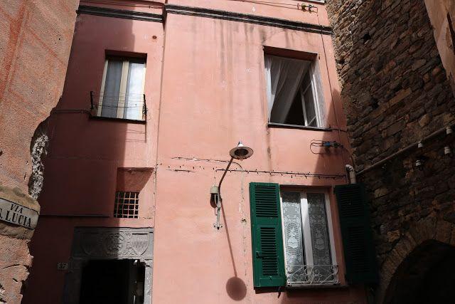 Taggia (IM) - Via Littardi