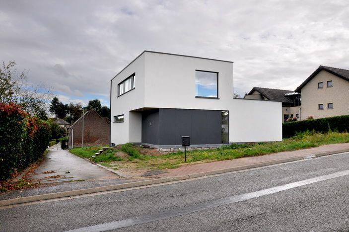 25 beste idee n over hedendaagse huizen alleen op for Hedendaagse architecten