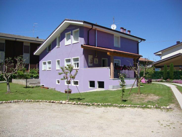il B&B Milù è a #Bussolengo (VR), in una posizione centrale e strategica per visitare Verona, il lago di #Garda (#Gardaland, Caneva world, Movie land, Sirmione), il #Parco zoo #Natura Viva, il Parco termale Aquardens, il Centro Verona Village (spiaggia tropicale indoor e divertimenti), il Flover garden center.  | Presente su www.BedAndBreakfastItalia.com #BnBItalia #BnBVeneto #BnB #BedAndBreakfast #BeB #BeBItalia #BeBVeneto #Veneto #BnBItaly