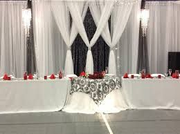 Imagini pentru white red wedding centerpiece