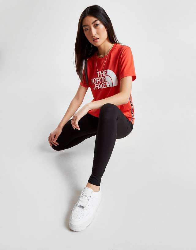 45a7bd7ed The North Face Tape Side Boyfriend T-Shirt | Fashion | 2019 in 2019 ...