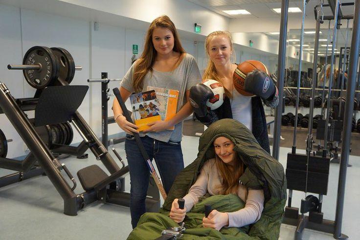 Intervju med Anita, Helene og Martine fra VG2 idrett om hvordan skolehverdagen er for jentene på idrettslinja