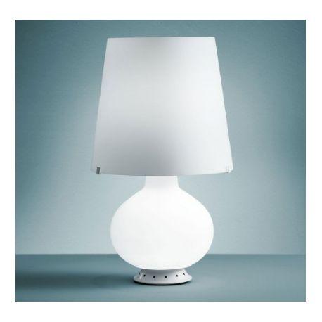 Lampe Fontana (L) L'indispensable et l'indémodable lampe fontana arte. Cette lampe  a été  dessinée par Max Ingrand. Ce style moderne et épuré saura donner un éclat à votre intérieur