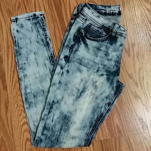 *Last Chance* Bongo acid washed jeans Cute and stylish for the rebel in you. Acid wash skinny jeans. BONGO Jeans Skinny