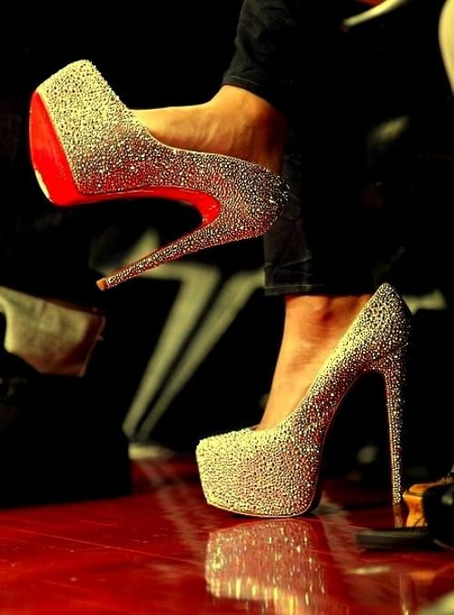 ahhhFashion, Dreams, Style, Wedding Shoes, High Heels, Christian Louboutin, Glitter Heels, Red Bottom, Christianlouboutin