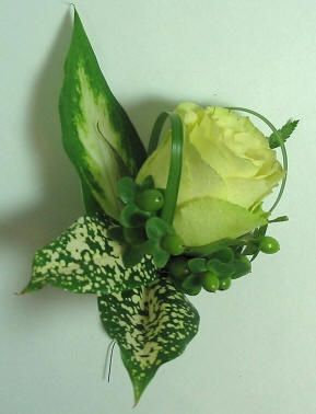 Green boutonniere | BW-108 Green rose boutonniere with green hypericum