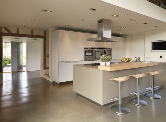 B3 bulthaup at kitchen architecture bulthaup for Modern barn kitchen