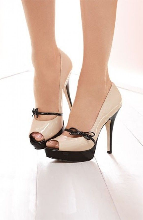 Patent Leather Peep Toe Pumps with bow