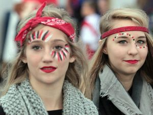 simple face paint designs for football games - Google Search