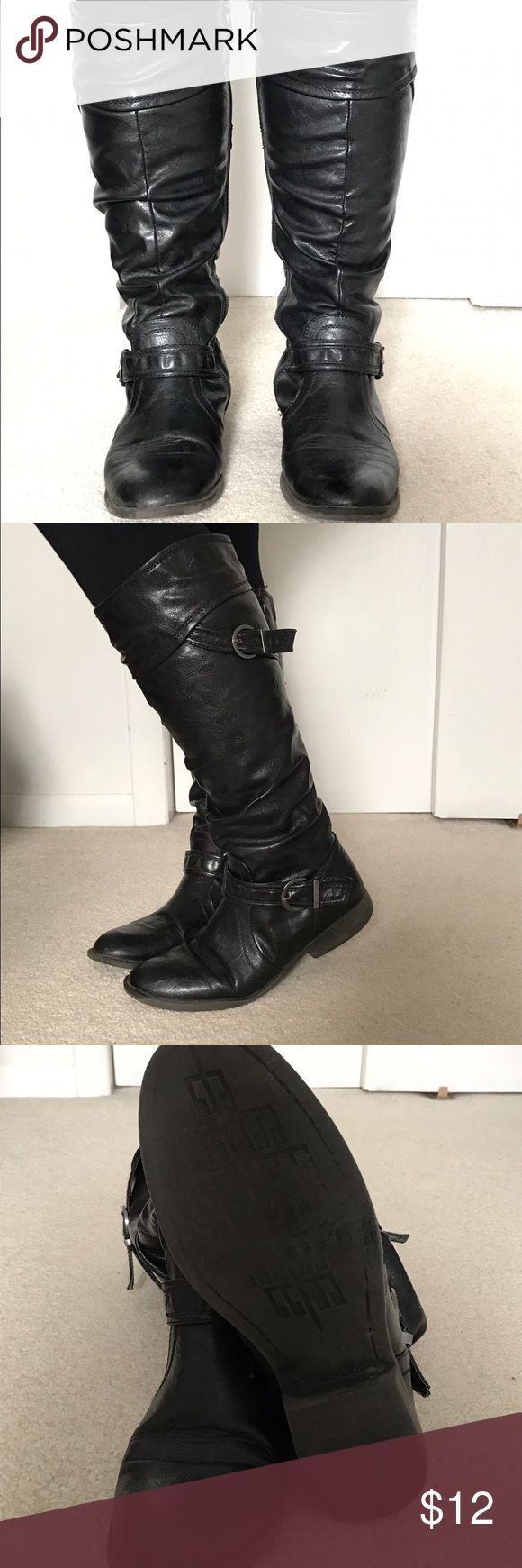 White Mountain Leather boots White Mountain Black leather boots in good used condition. Size 8 1/2 wide calf White Mountain Shoes