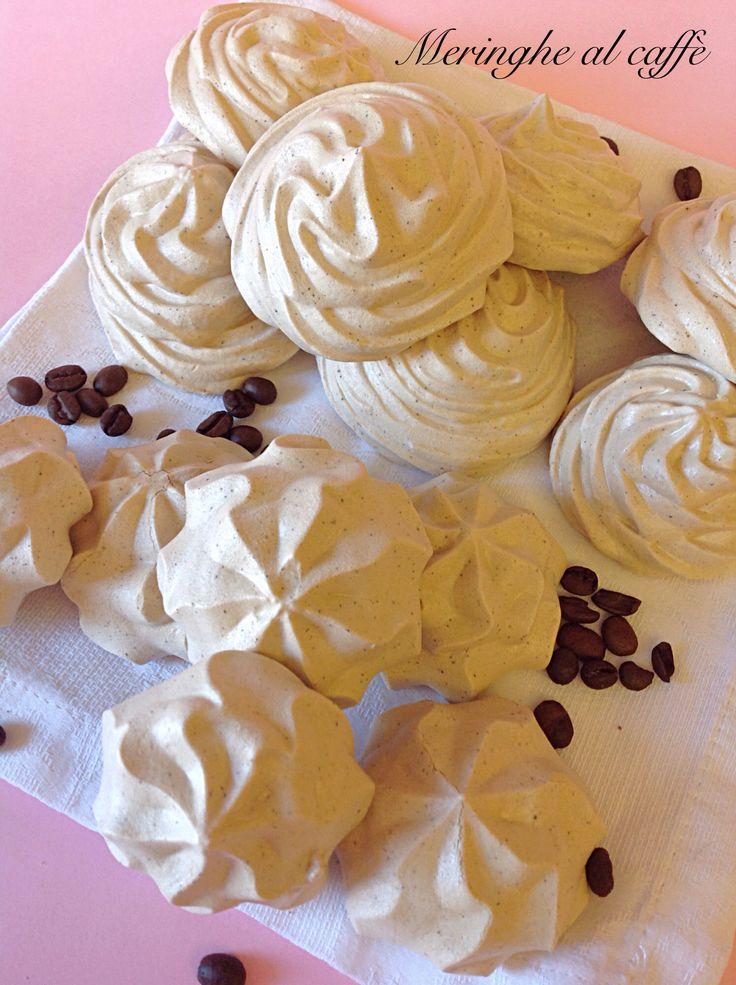 Meringhe al caffè - Le classiche meringhe bianche si vestono di caffè! - Ricetta di Luca Montersino