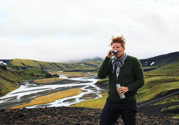 En bättre kopp kaffe någonstans i Landmannalaugar #flashbackfriday : @pixelsbycarl . . . . #throwback #bestofscandinavia #adventurethatislife #visiticeland #iceland #icelandair #wanderlust #outdoors #outdoorphotography #fjällräven #fjallraven #coffee #adventure #landmannalaugar #fotoresor #hiking #queer #lifestyle #lifestylephotography #visualsoflife