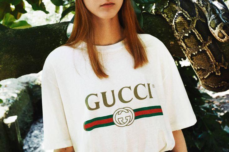 Gucci präsentiert erneut ein Vintage-inspiriertes Logo T-Shirt